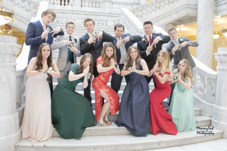 Teen who wore traditional Chinese dress to prom faces backlash