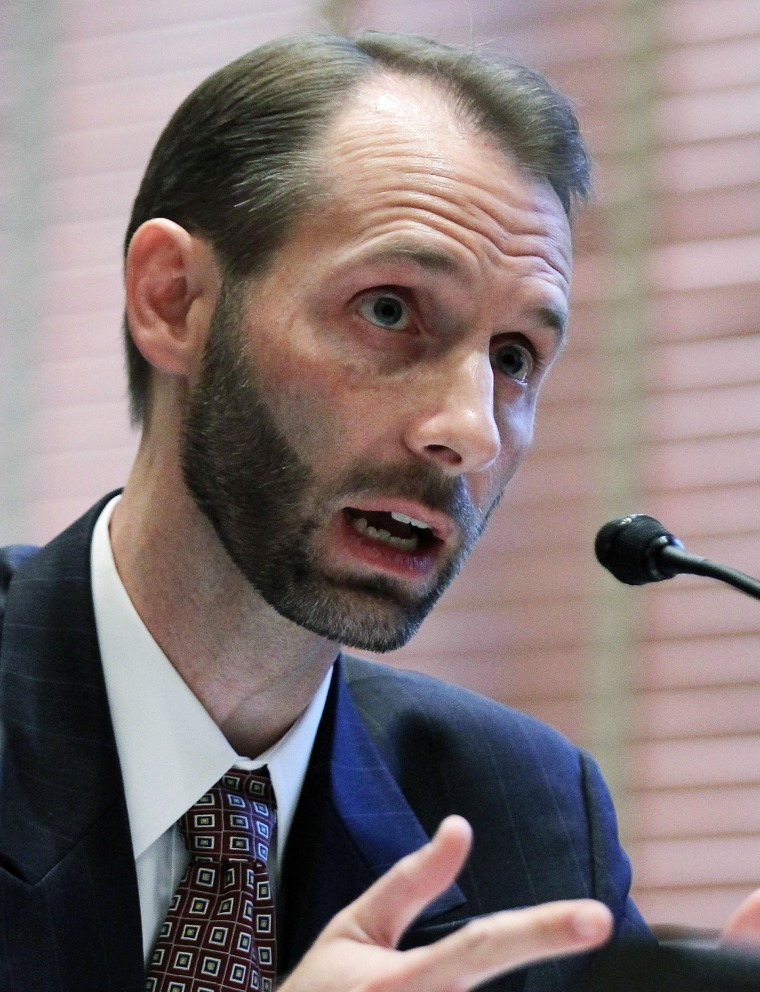 Image: Federal Election Commission's Matthew Petersen testifies during a hearing