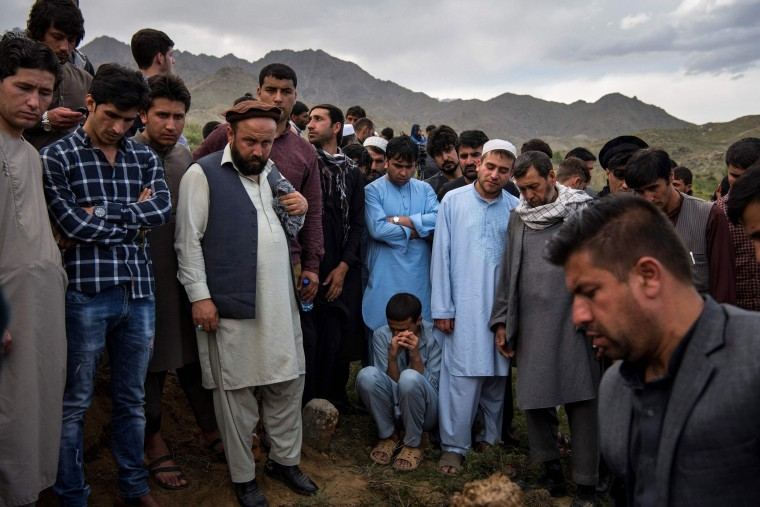 Image: AFGHANISTAN-UNREST-ATTACK-FUNERAL