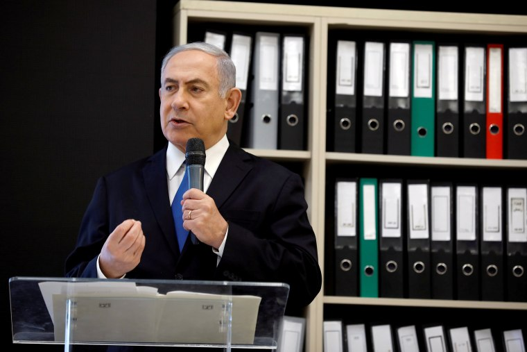 Image: Israeli Prime minister Benjamin Netanyahu speaks during a news conference at the Ministry of Defence in Tel Aviv