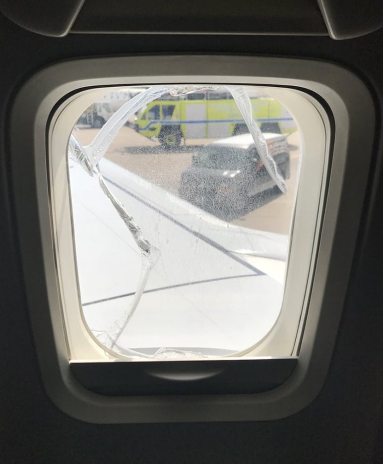 Image: The cracked window on the Southwest Airlines plane that was forced to make an emergency landing in Cleveland