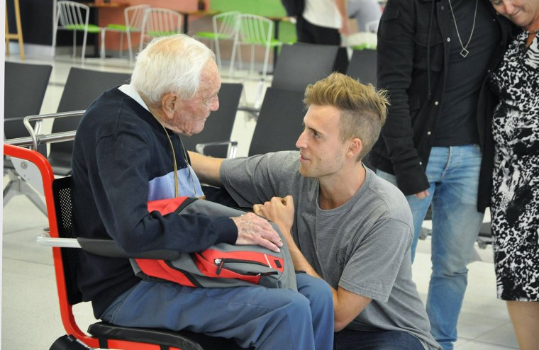 Image: Australian 104-old academic David Goodall departs for Switzerland for voluntary euthanasia