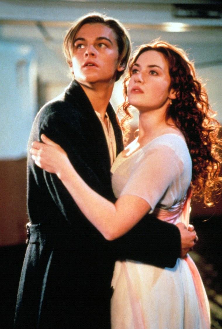TITANIC, Kate Winslet and Leonardo DiCaprio, 1997. TM and Copyright (c) 20th Century Fox Film Corp.