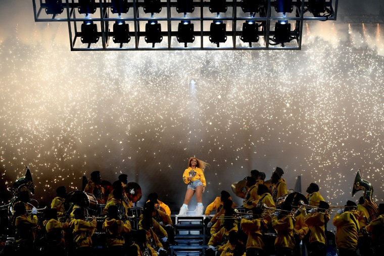 Image: Beyonce at Coachella