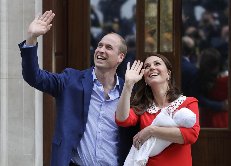 Image: Prince William and Kate, Duchess of Cambridge, head home with their newborn son