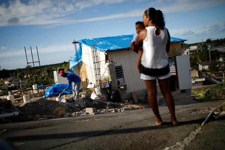Image: The Wider Image: In Puerto Rico, a housing crisis U.S. storm aid won't solve