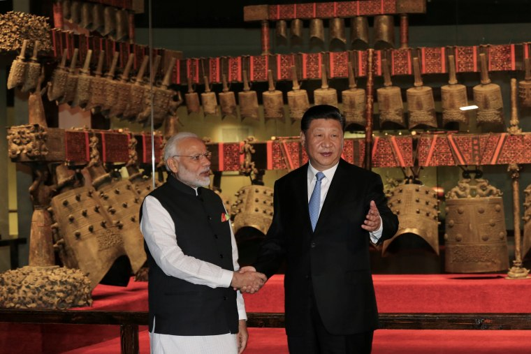 Image: Indian Prime Minister Narendra Modi and Chinese President Xi Jinping
