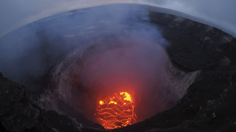 Image: The lava lake at the summit