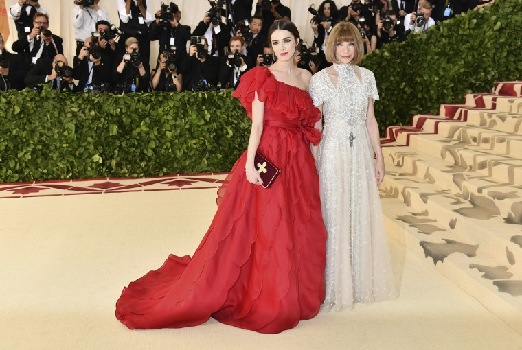 Image: Bee Shaffer, Anna Wintour The Met Gala 2018