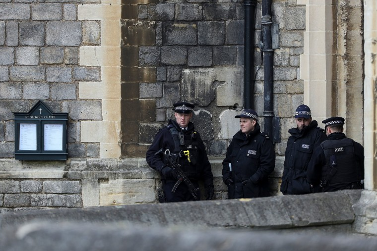 Image: Police officers at Windsor Castle
