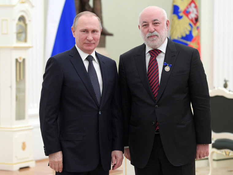Who Is Viktor Vekselberg The Russian Oligarch Linked To Trump Lawyer Michael Cohen