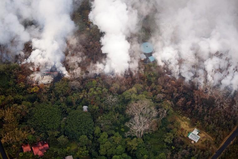 Image: Eruptions continue at Hawaii volcano