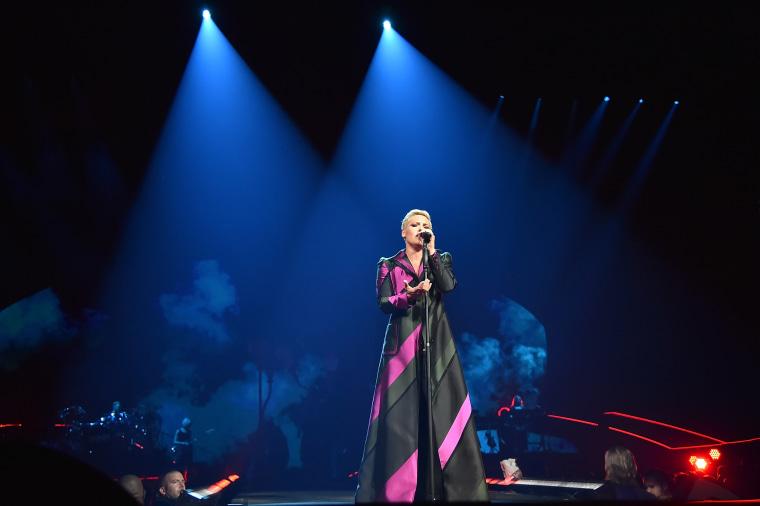 """Pink """"Beautiful Trauma"""" World Tour Opener - Phoenix"""