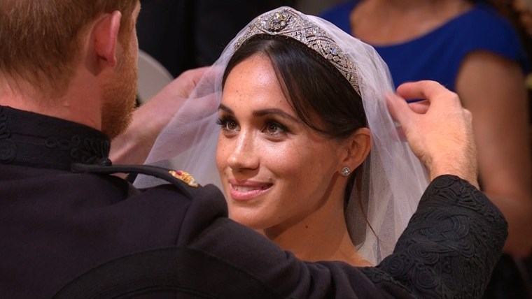 Prince Harry and Meghan Markle meet in St. George's Chapel