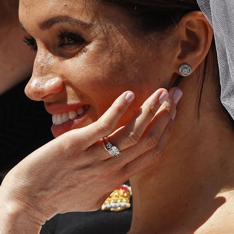 Meghan Markle shows her wedding ring