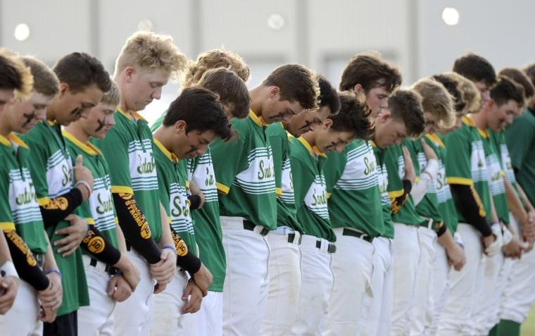 Santa Fe High School baseball players