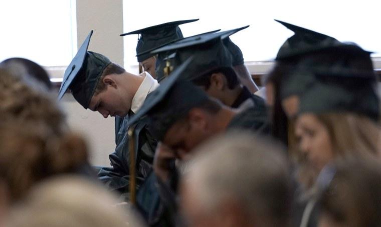 Image: Santa Fe High School graduates