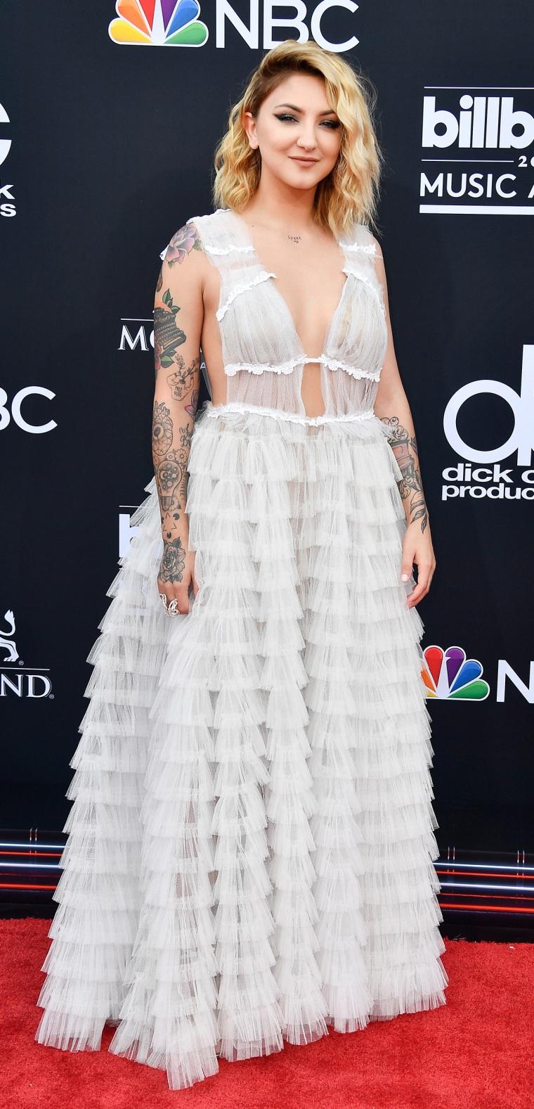 Julia Michaels 2018 Billboard Music Awards - Arrivals