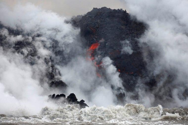 Image: Hawaii Volcano Eruption Kilauea