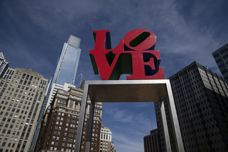 Image: Love sculpture Robert Indiana