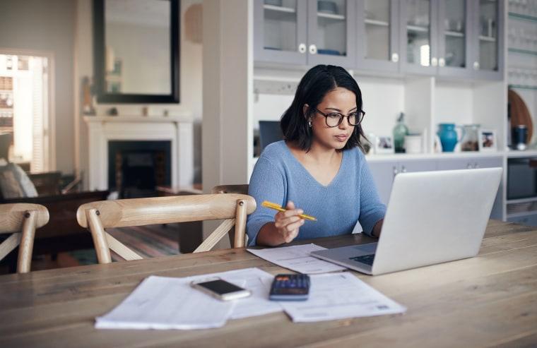 Image: Woman working on laptop