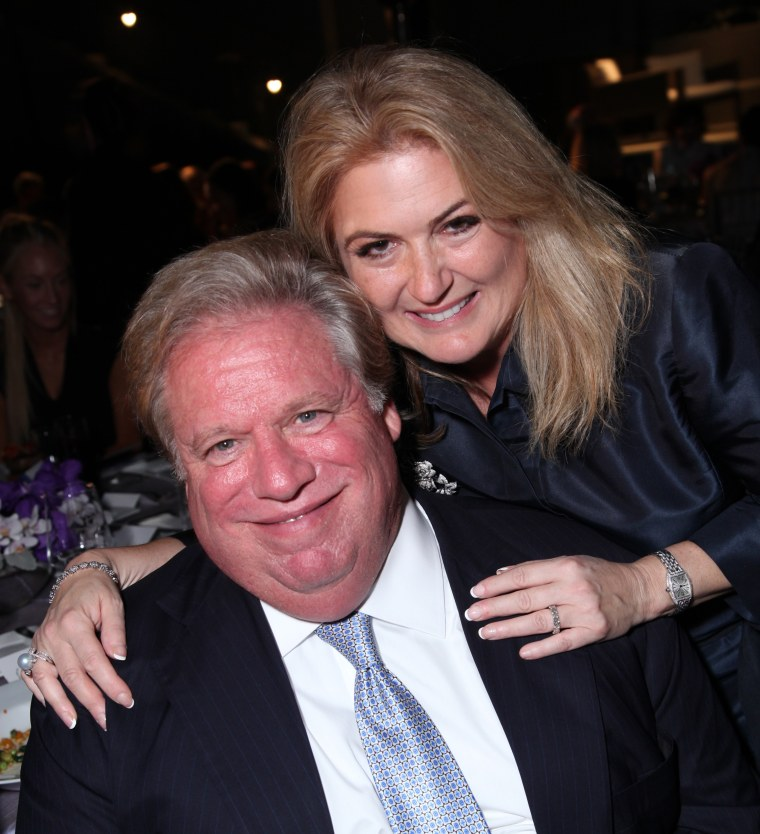 Elliott and Robin Broidy