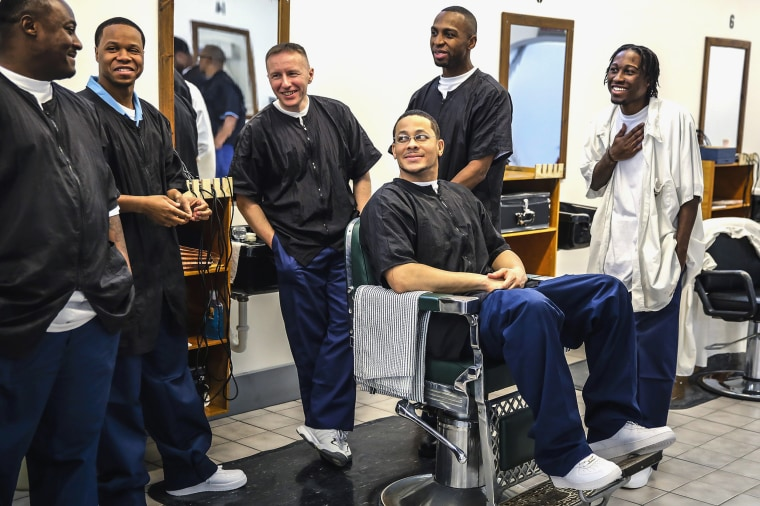 Image: Stateville Correctional Center barber school