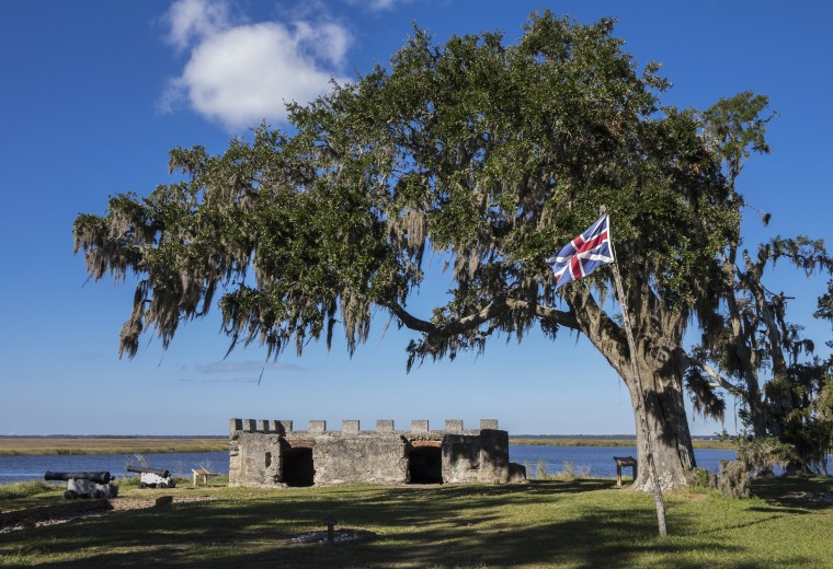 ST SIMONS ISLAND, GEORGIA/USA - NOVEMBER 05, 2016: Fort Frederica magazine and cannons. The Fort was built by James Oglethorpe between 1736 and 1748