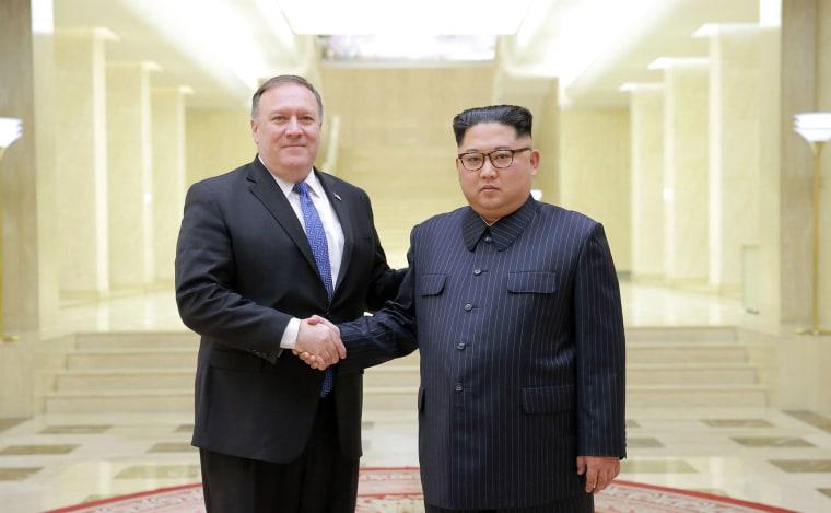 Image: Mike Pompeo, Kim Jong Un