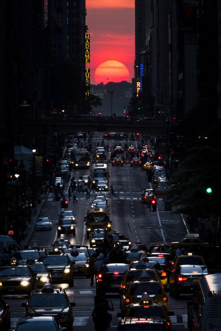 Image: Manhattanhenge
