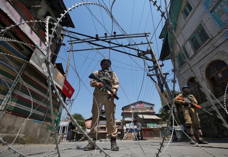Image: Indian policemen