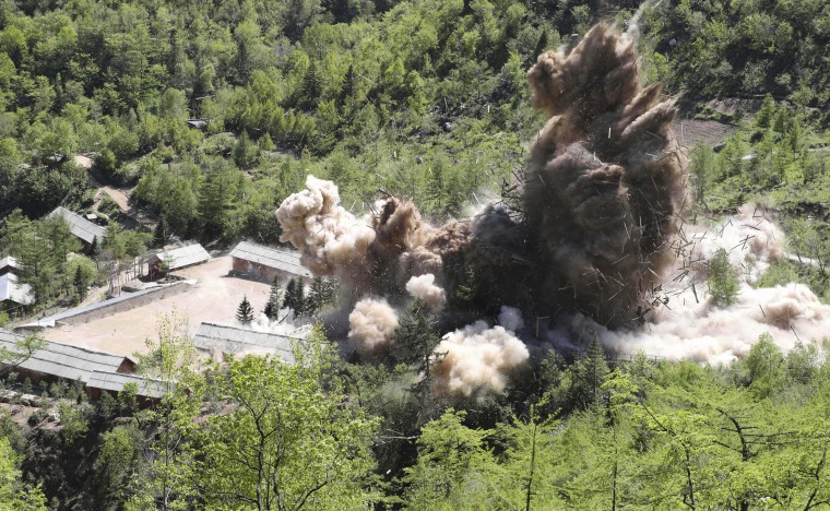 Image: Command post facilities of North Korea's nuclear test site are blown up in Punggye-ri, North Korea