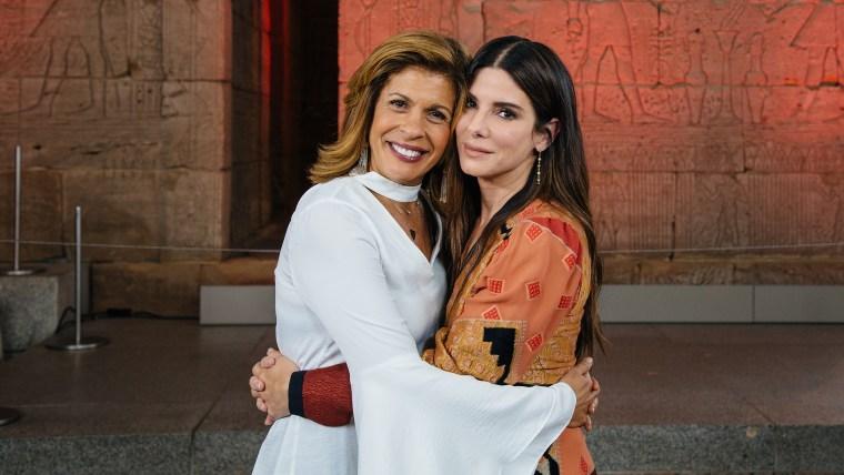 Sandra Bullock and Hoda Kotb