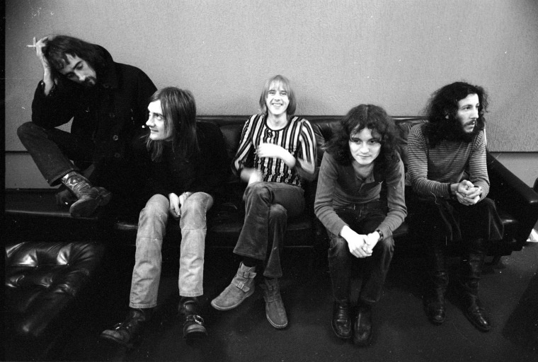 Image: John McVie, Mick Fleetwood, Danny Kirwan, Jeremy Spencer and Peter Green of 'Fleetwood Mac'