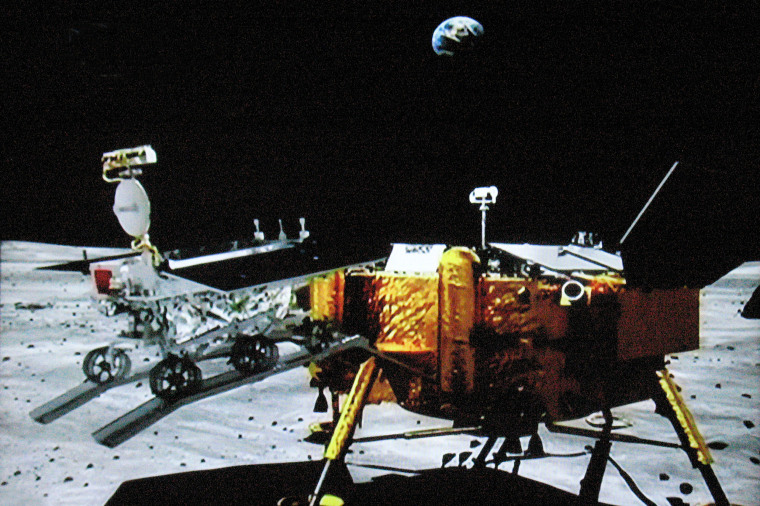 Image: China moon rover hit by mechanical abnormality