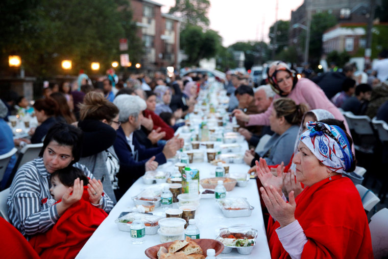 Image: Attendees gather at an iftar dinner organized by Bergen Diyanet Mosque and Cultural Center