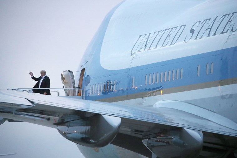 Image: Trump steps off of Air Force One at Joint Base Andrews