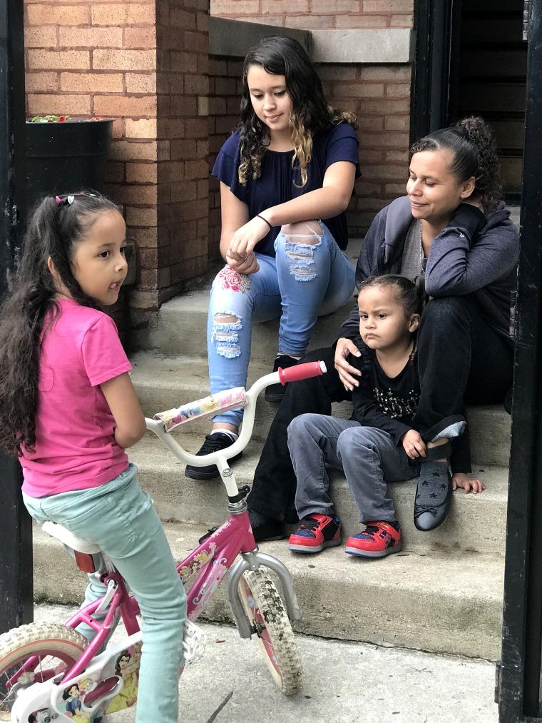 Image: Maritza Delgado, 31, Mariana, 16, Skarleth, 7, and Perla, 3,