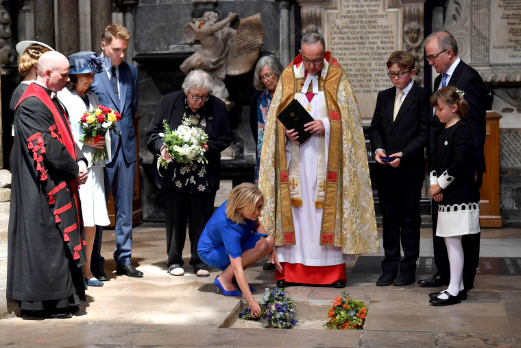 Image: the ashes of British scientist Stephen Hawking