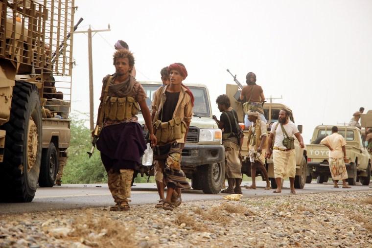 Image: Saudi-backed Yemeni forces