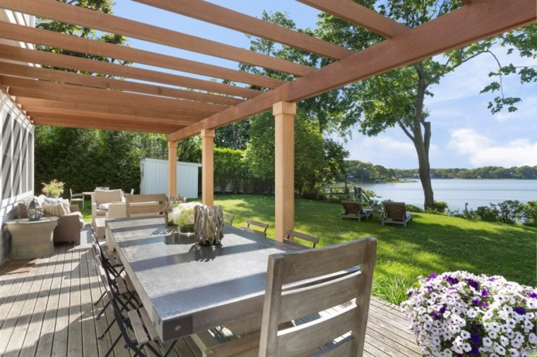 Real Housewives Luann De Lesseps Is Selling Her Hamptons