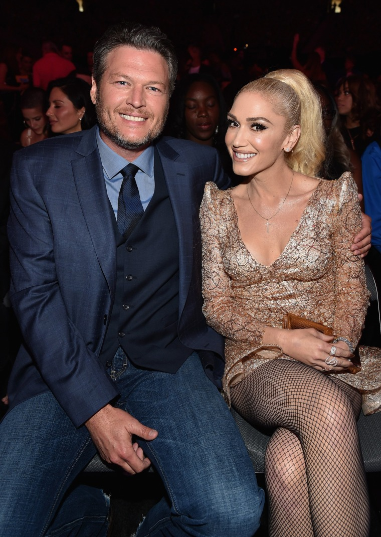 Blake Shelton and Gwen Stefani at 2017 Billboard Music Awards