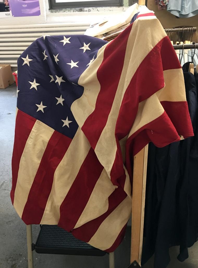 Flag handling, Patriotism
