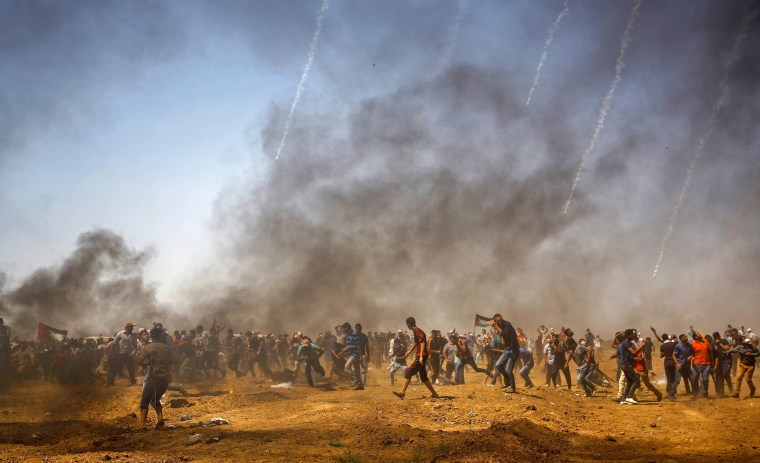 Image: Palestinian protesters