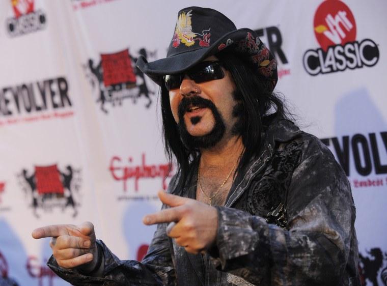 Imae: Vinnie Paul Pantera drummer