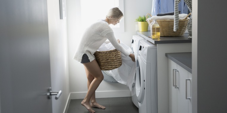 Laundry Pros On Keeping Bed Linens from Twists and Turns