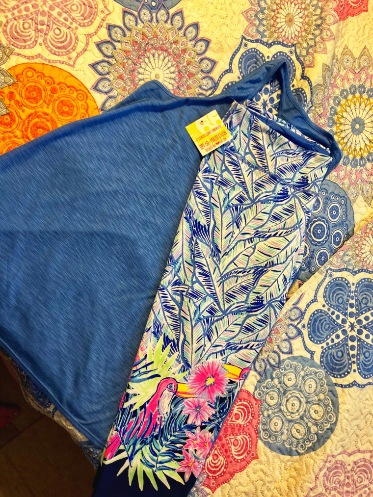 When my Lilly Pulitzer Luxletic Activewear leggings came in the mail, I could hardly wait to try them on.