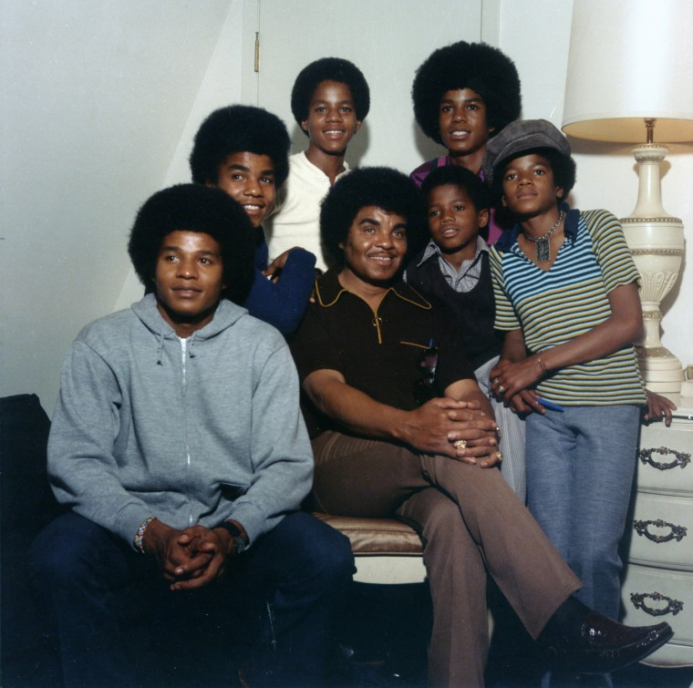 Image: Jackson 5 With Randy And Dad