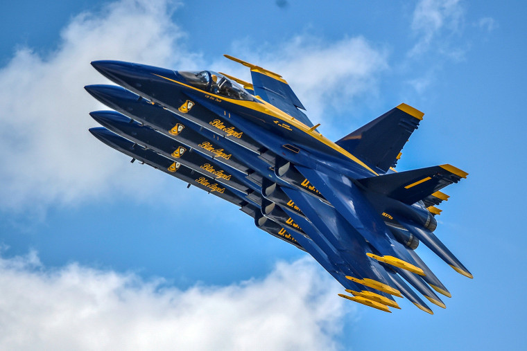 Image: The U.S. Navy flight demonstration squadron, the Blue Angels, perform during the Vectren Dayton Air Show