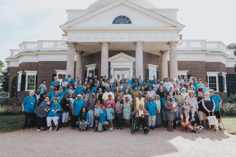 Image: The descendants of Thomas Jefferson and Sally Hemings gather at Monticello